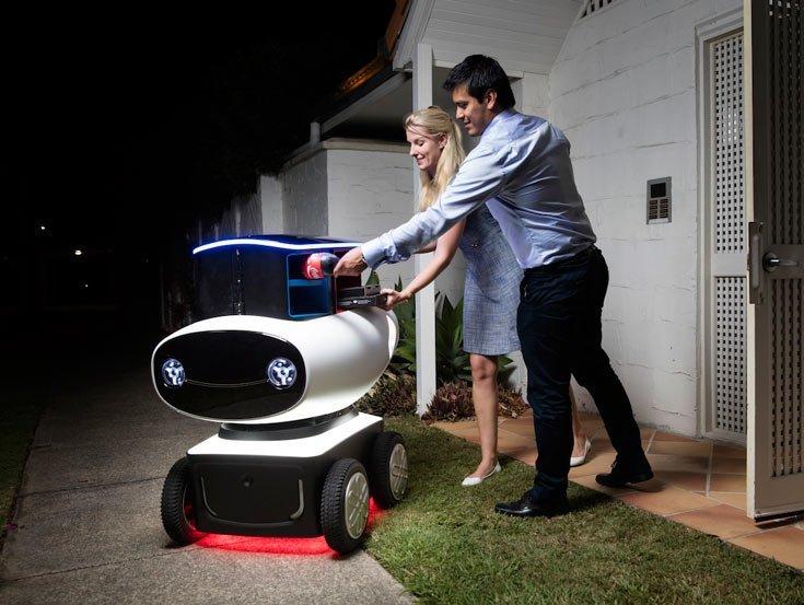 """""""Domino's"""" parodė picas pristatantį robotą"""