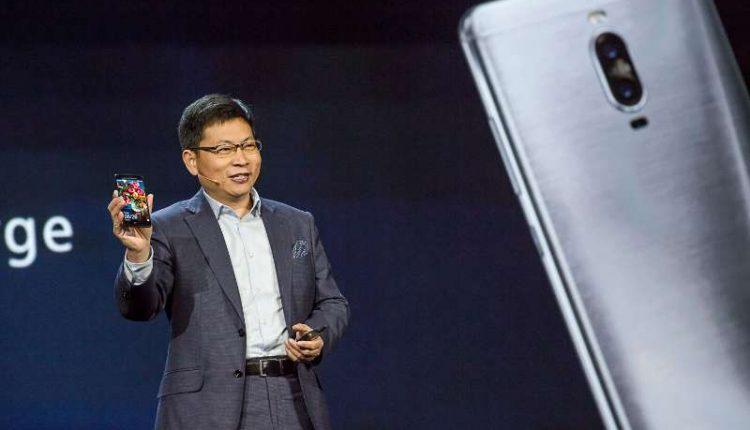 """""""Huawei"""" vizija: nauja telefonų era – išmanieji su dirbtiniu intelektu"""