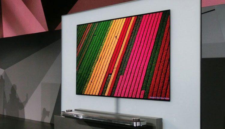CES 2017: LG pademonstravo itin plonus OLED televizorius