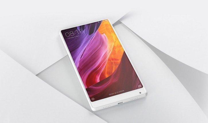 "Baltą ""Xiaomi Mi MIX"" parodė CES 2017 parodoje"