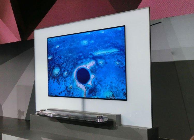 LG pademonstravo itin plonus OLED televizorius