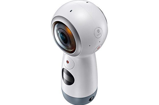 """""""Samsung"""" lietuviams pristato 4K raiška filmuojančią kamerą """"Gear 360"""""""