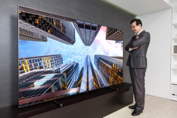 """""""Samsung"""" išleido 88 colių QLED televizorių už 20 tūkstančių dolerių"""